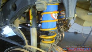 Airbag installed in coil spring