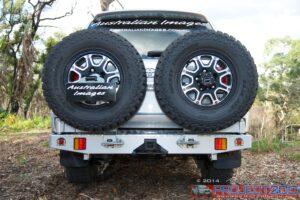 Landcruiser 200 rear bar twin wheel carriers