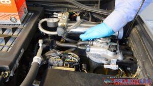 Landcruiser 200 fuel filter primer